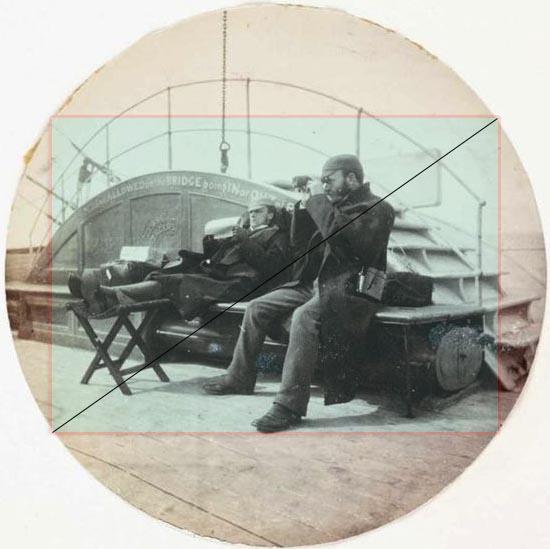 foto rotonda con sovraimpresso ritaglio rettangolare